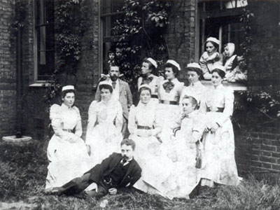 'Cromwell House Nurses – and Doctors' (c1910)